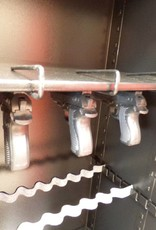 1062/S2 Szafa na broń długą i krótką z dużym skarbczykiem i dwoma półkami