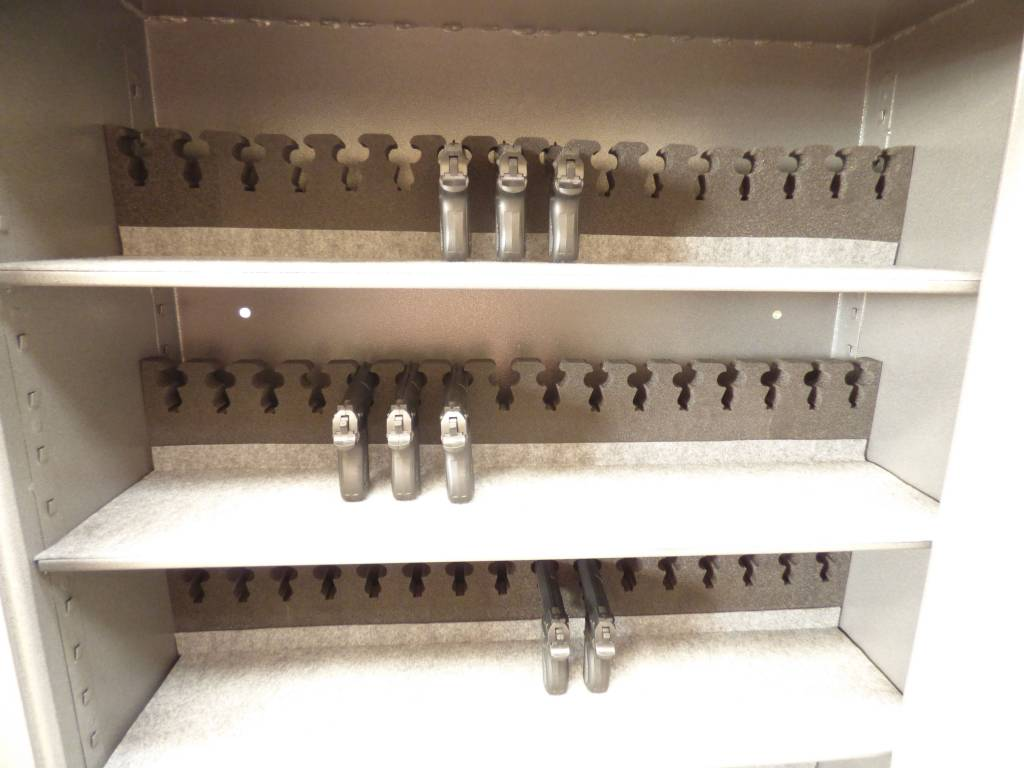 Szafa na broń F80 NT, szafa na broń krótką oraz amunicję.