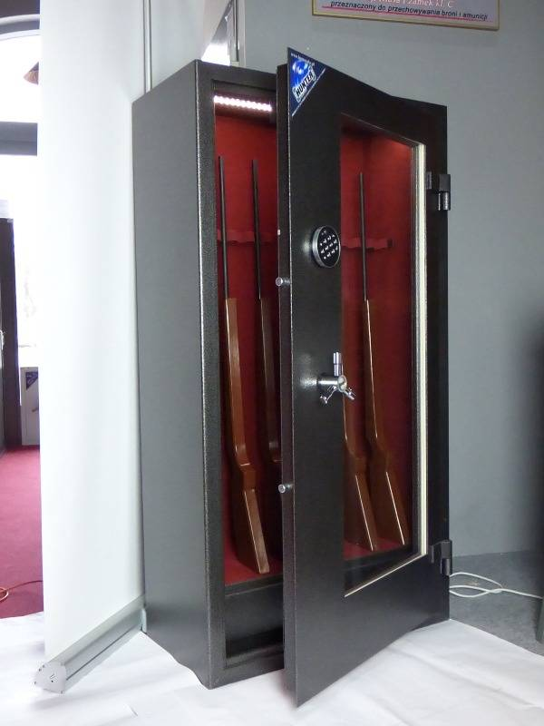 1600  Szafa Pantzerglass na broń długą z szufladą