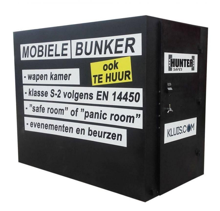 Bunkier mobilny - szafa na broń.