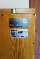 1013 Szafa S2 na broń długą  z trzema skarbczykami i półką - imitacja drewna