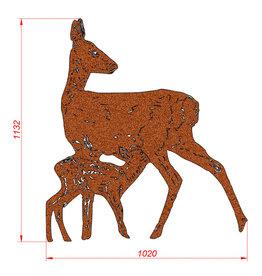 2033 Sarna z koziołkiem - figura ogrodowa