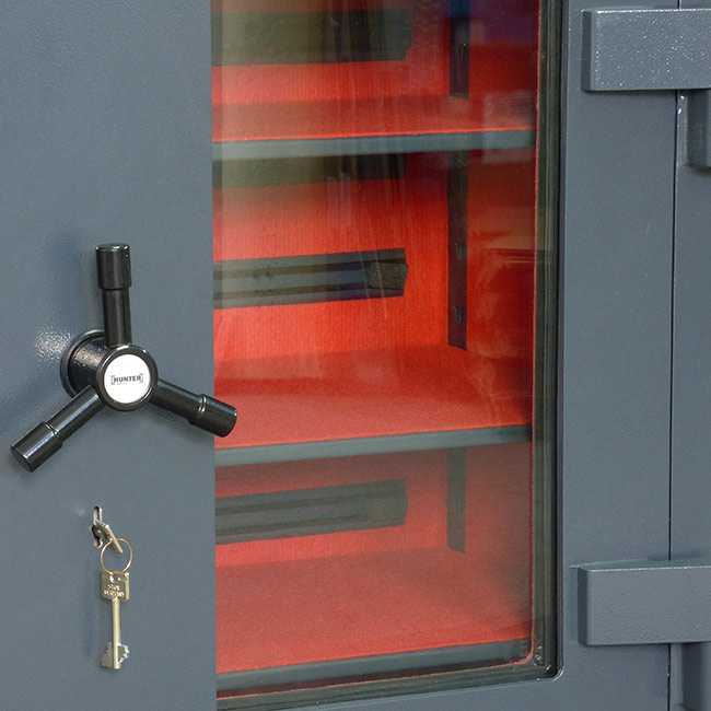 2023 Szafa Pantzerglass na broń krótką z szybą kuloodporną w drzwiach