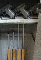 1653 Szafa na broń długą ze skarbczykiem i półką
