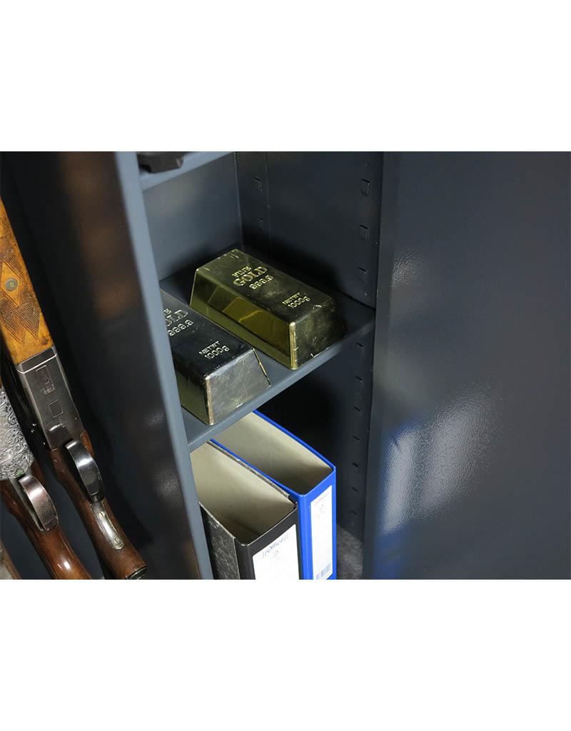 1011 Szafa na broń długą z szerokim skarbczykiem i półkami