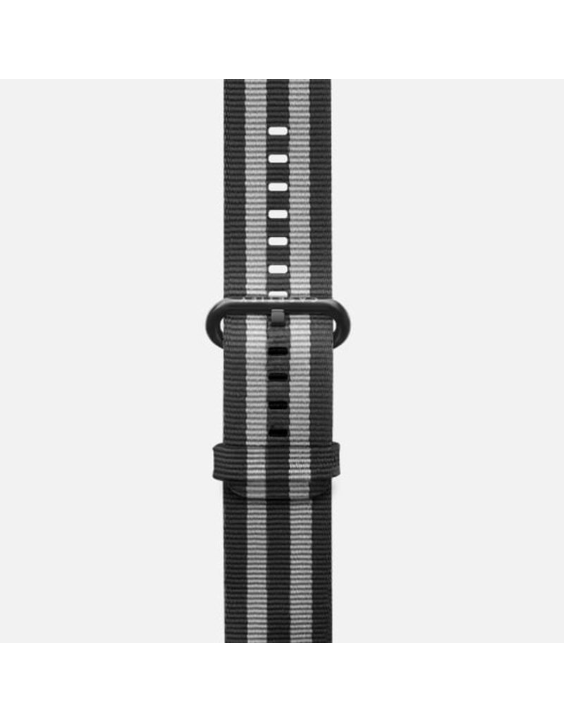 Casetify Casetify Apple Watch Band Nylon Fabric All Series 42/44mm - Black Stirpes