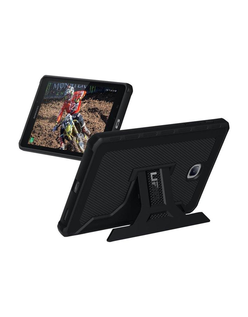 UAG UAG Outback Case for Samsung Galaxy Tab A8 2018 - Black