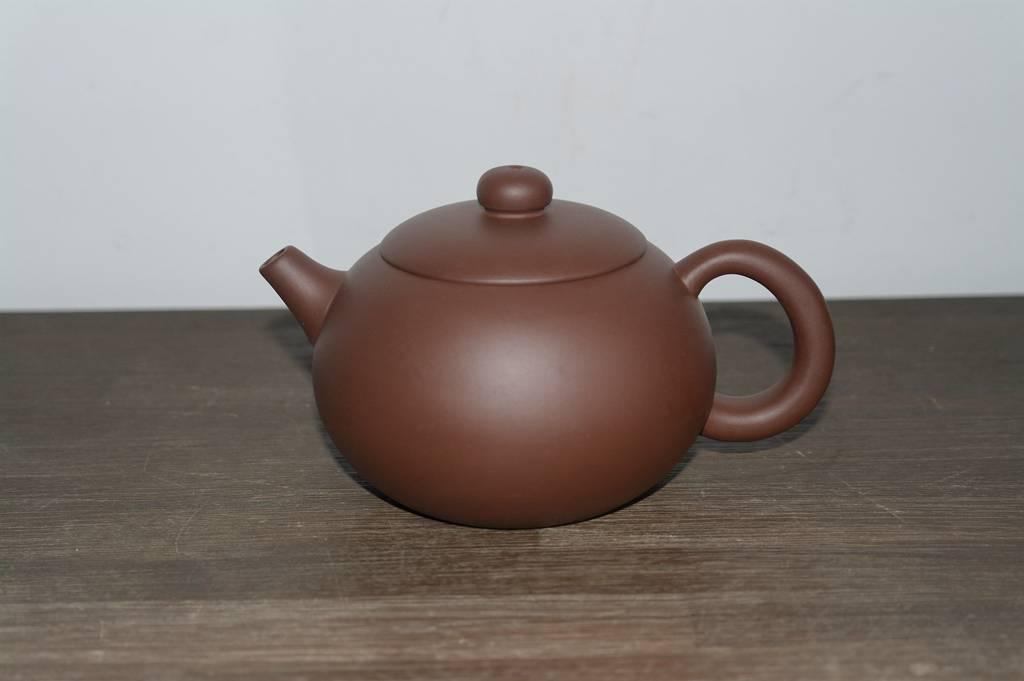 """Yixing Teekanne """" Xishi """" für 350 ml Inhalt, handgemacht aus rotem Ton-2"""