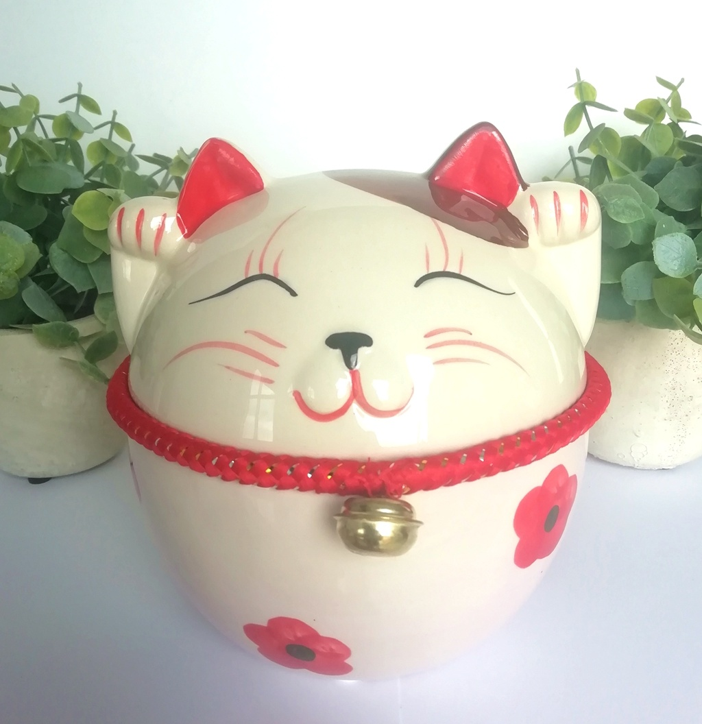 """Lucky cat"" spaarpot met belletje-1"