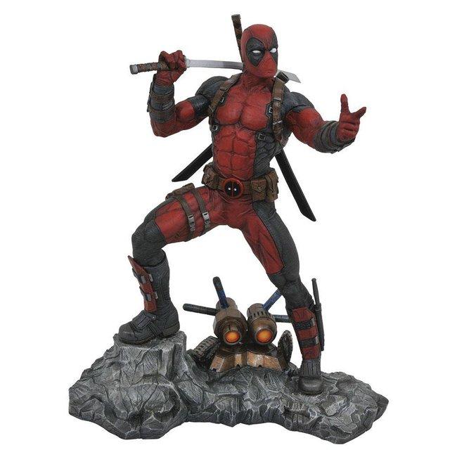 Diamond Select Toys Marvel Premier Collection Statue Deadpool 30 cm