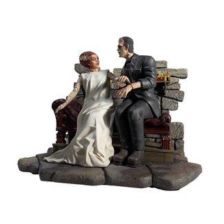 Universal Monsters Statue Bride of Frankenstein