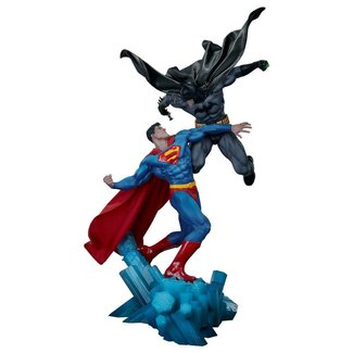 Sideshow Collectibles DC Comics Statue Batman vs. Superman 60 cm