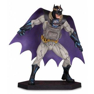 DC Collectibles Dark Nights: Metal Statue Batman with Darkseid Baby 15 cm