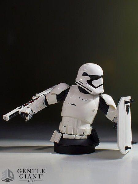 76bfaf44a1fe Star Wars Episode VII Bust 1 6 FN-2199 PGM Exclusive 18 cm - The ...