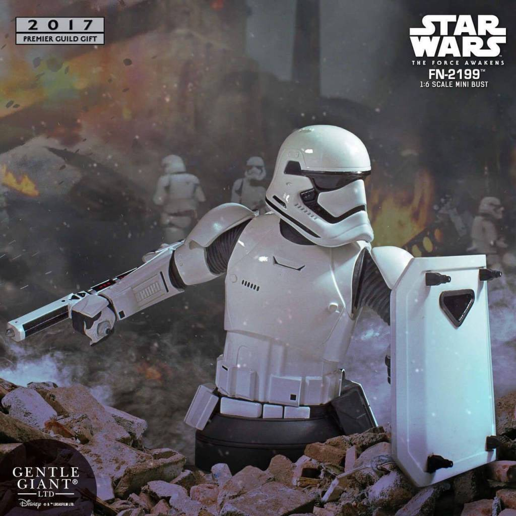 0cbb61a1e738 Star Wars Episode VII Bust 1 6 FN-2199 PGM Exclusive 18 cm - The Movie Store