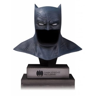DC Collectibles DC Gallery Bust 1/2 The Dark Knight Returns Batman Cowl