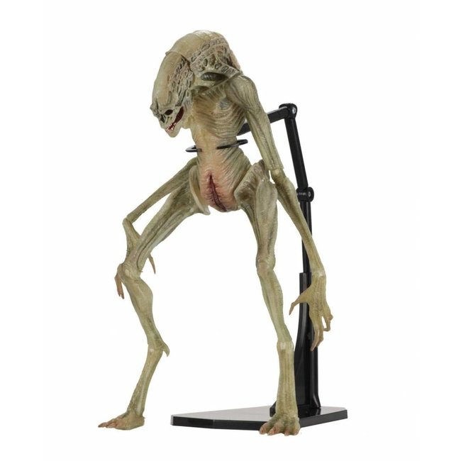 NECA  Alien Resurrection Deluxe Action Figure Newborn 28 cm