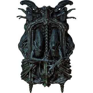 Prime 1 Studio Aliens 3D Wall Art 32 x 50 cm