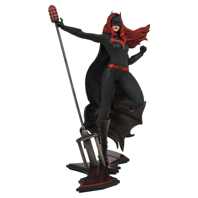 Diamond Select Toys DC TV Gallery PVC Statue Batwoman 23 cm
