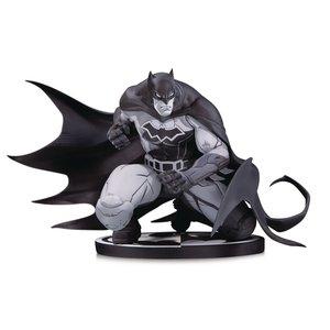 Batman Black & White Statue Batman by Joe Madureira 12 cm
