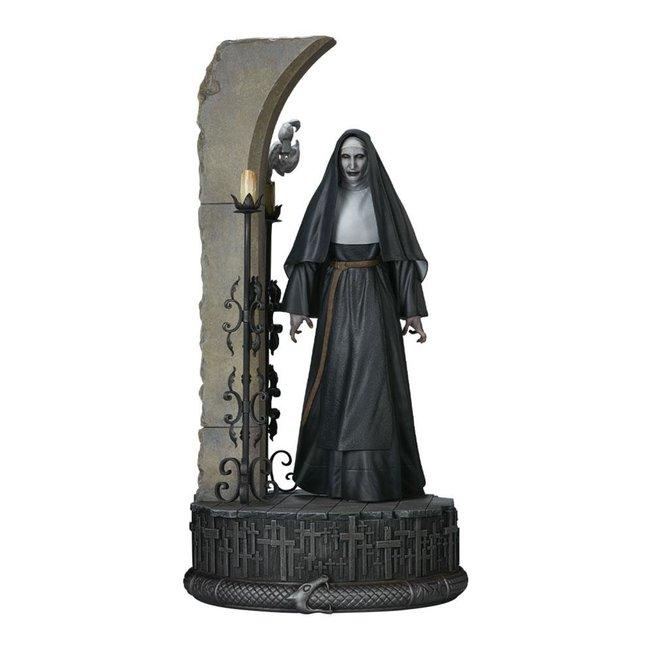 The Nun Statue The Nun 34 cm