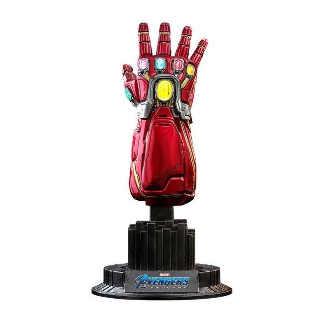 Hot Toys Avengers: Endgame Replica 1/4 Nano Gauntlet 19 cm