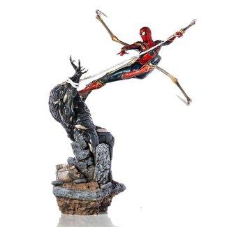 Iron Studios Avengers: Endgame BDS Art Scale Statue 1/10 Iron Spider vs Outrider 36 cm