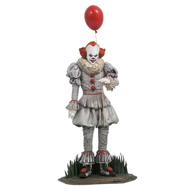 Diamond Select Toys It Chapter Two Gallery PVC Diorama Pennywise 25 cm