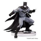 Batman Black & White Statue Greg Capullo 2nd Edition