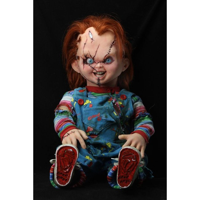 NECA  Bride of Chucky Prop Replica 1/1 Chucky Doll 76 cm