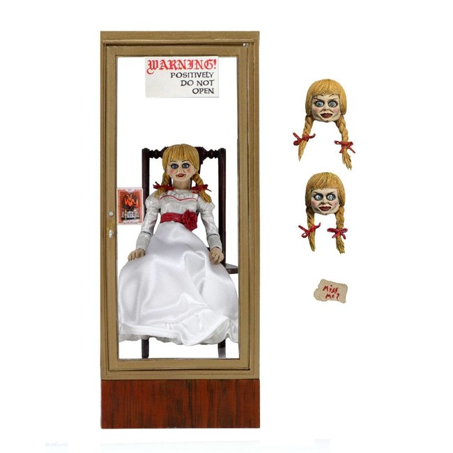 NECA  The Conjuring Universe Action Figure Ultimate Annabelle (Annabelle 3) 15 cm