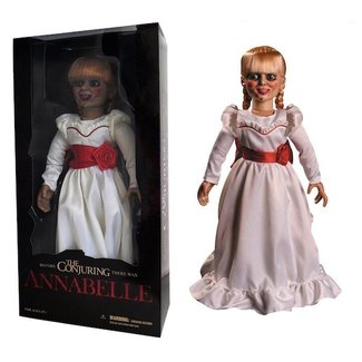 Mezco Toys Die Zauberei Scaled Prop Replica Annabelle Puppe 46 cm