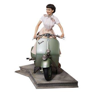 Blitzway Roman Holiday Statue 1/4 Princess Ann (Audrey Hepburn) & 1951 Vespa 125 44 cm