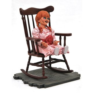 Diamond Select Toys The Conjuring Universe Horror Movie Gallery PVC Statue Annabelle 23 cm
