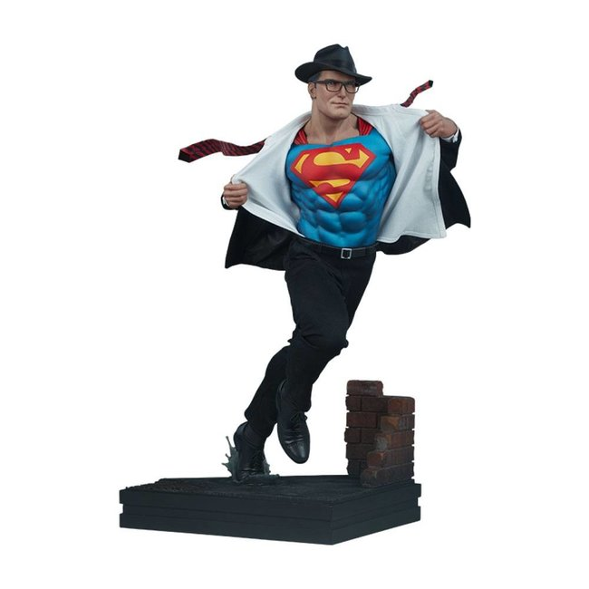 DC Comics Premium Format Figure Superman: Call to Action 50 cm
