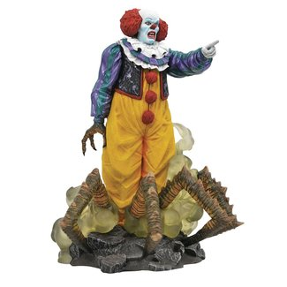 Diamond Select Toys It Gallery PVC Diorama Pennywise 1990 TV Mini Series Edition 23 cm