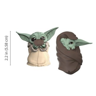 Hasbro Star Wars Mandalorian Bounty Collection Figure 2-Pack The Child Sipping Soup & Blanket-Wrapped