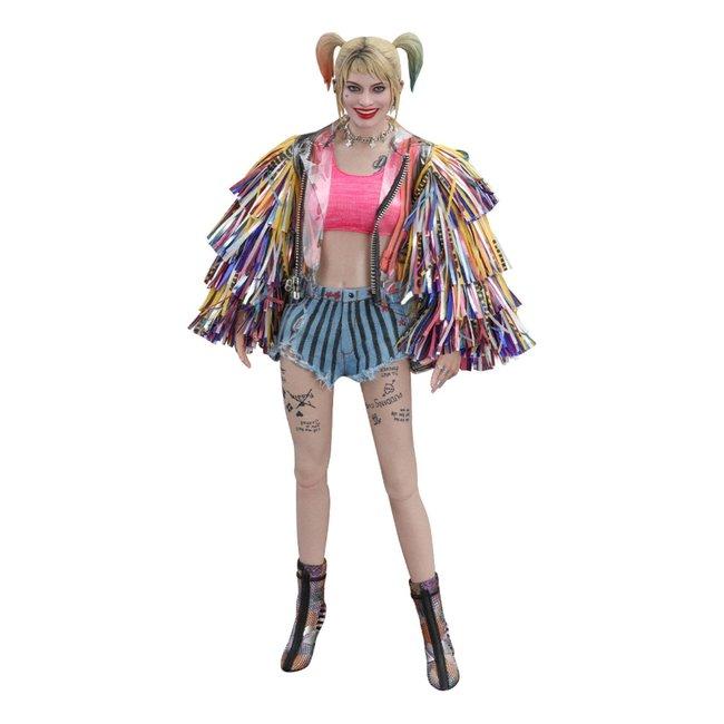 Hot Toys Birds of Prey AF 1/6 Harley Quinn (Caution Tape Jacket Version) 29 cm
