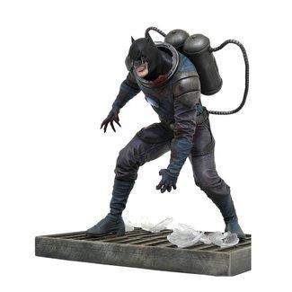 Diamond Select Toys DC Comic Gallery PVC Statue DCeased Batman 20 cm