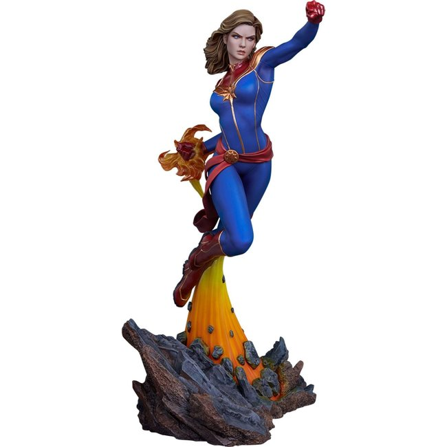 Sideshow Collectibles Avengers Assemble Statue 1/5 Captain Marvel 41 cm