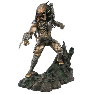 Diamond Select Toys Predator Movie Gallery PVC Statue Unmasked Predator SDCC 2020 Exclusive