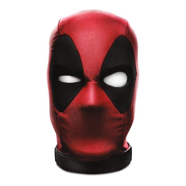 Hasbro Marvel Legends Premium Interactive Head Deadpool's Head