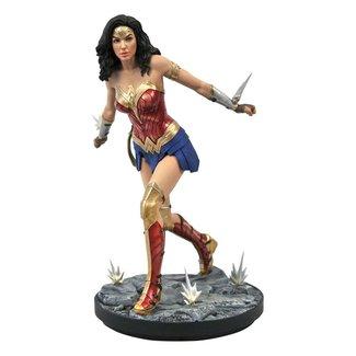 Diamond Select Toys Wonder Woman 1984 DC Movie Gallery PVC Statue Wonder Woman 23 cm