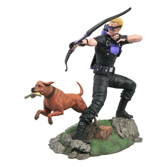 Diamond Select Toys Marvel Comic Gallery PVC Statue Hawkeye with Pizza Dog 23 cm