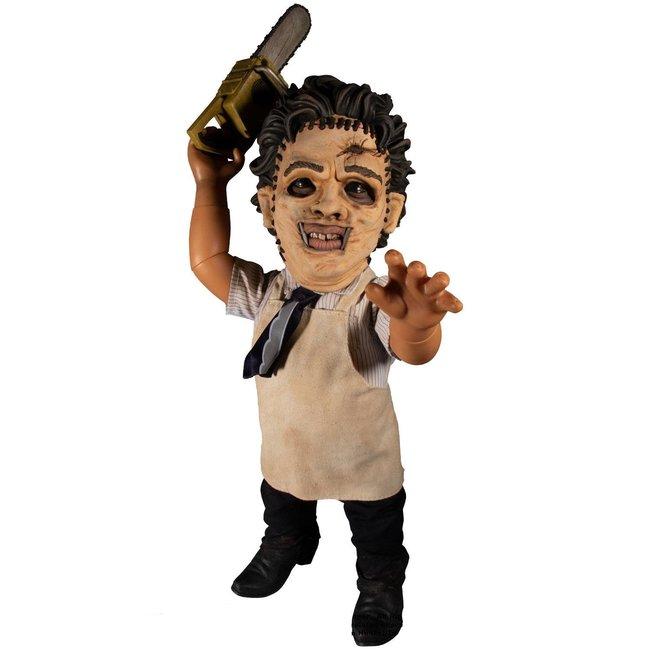 Mezco Toys Texas Chainsaw Massacre Mega Scale Action Figure with Sound Feature Leatherface 38 cm