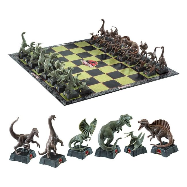 Noble Collection Jurassic Park Chess Set Dinosaurs