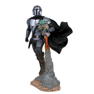 Gentle Giant Studios Star Wars Milestones: The Mandalorian and Child 1/6 Scale Statue