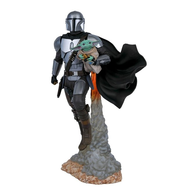 Gentle Giant Studios Star Wars Milestones: The Mandalorian and Child 1/6 Scale Statue