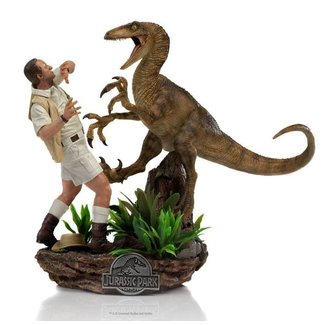 Iron Studios Jurassic Park Deluxe Art Scale Statue 1/10 Clever Girl 25 cm