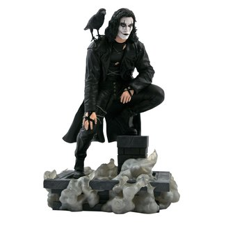 Diamond Select Toys The Crow Gallery: Rooftop PVC Diorama Statue